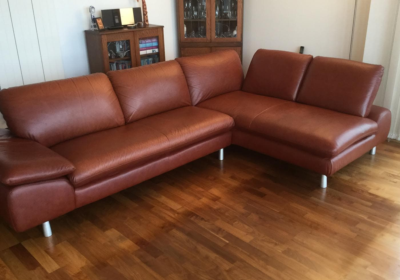 leather corner sofa with new cushion foam interiors